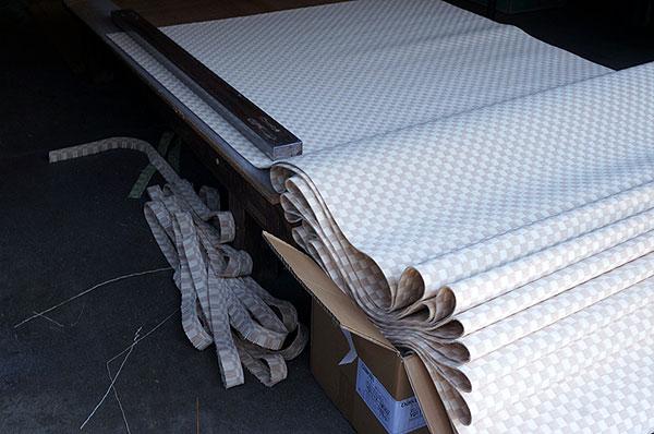 ダイケン銀白【市松】で製作する置き畳/ユニット畳乳白色×白茶色