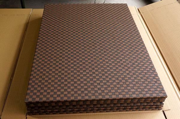 ダイケン銀白【市松】で製作する置き畳/ユニット畳ランチョンマット