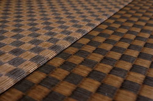置き畳ダイケン市松03栗色×胡桃色