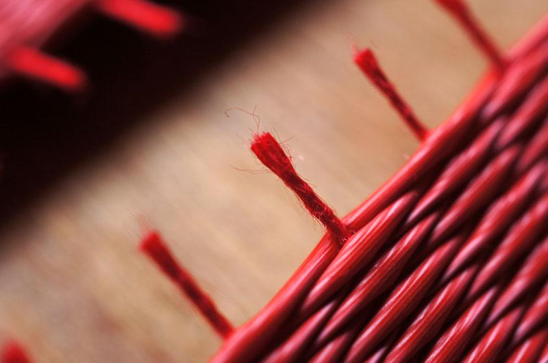 赤い畳の経糸