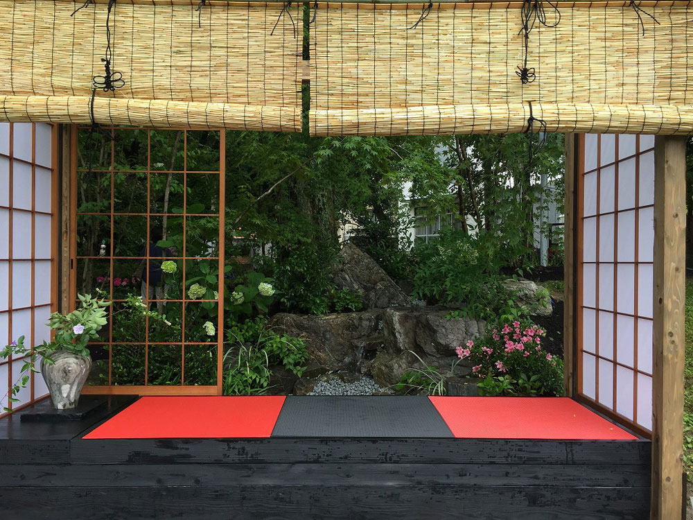 炭フローリング畳と赤い畳高取造園土木