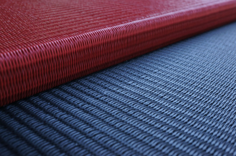 置き畳ユニット畳炭フローリング畳と弁柄色の赤い畳
