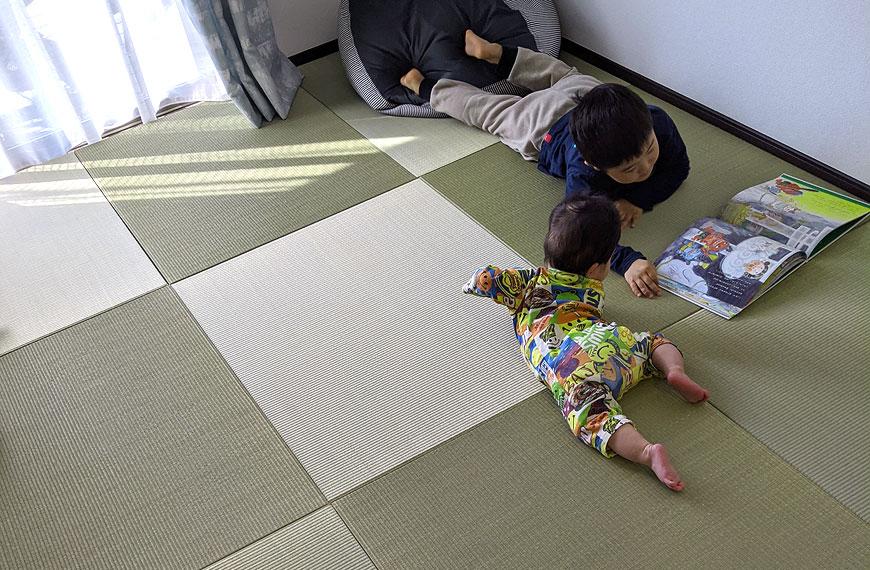 赤ちゃんと国産畳