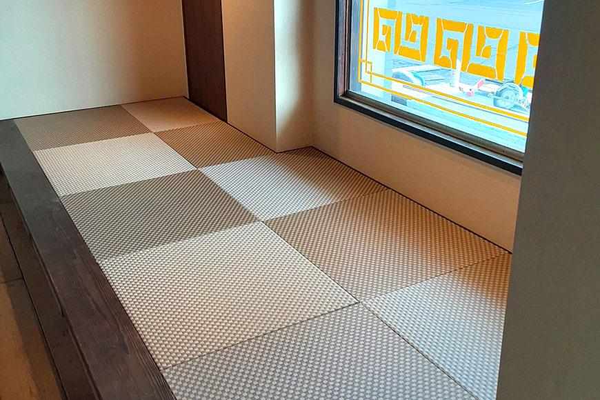 ラーメン店様の小上がりへユニット畳を納品:美草 ラテブラウン 市松織り